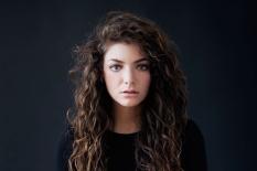 Lorde returns in 2017